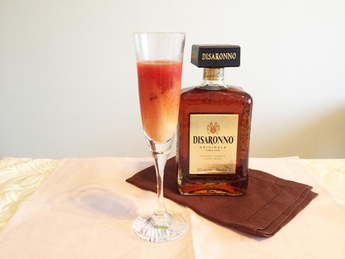 トマトジュースと甘酒がこんなに合うなんて!アーモンドのような甘い香りのアマレットがエッセンスになって、ついつい飲み進んでしまう。お見事!