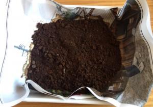 【Vol.30】気になる下駄箱のニオイに…コーヒー脱臭剤、試してみました!